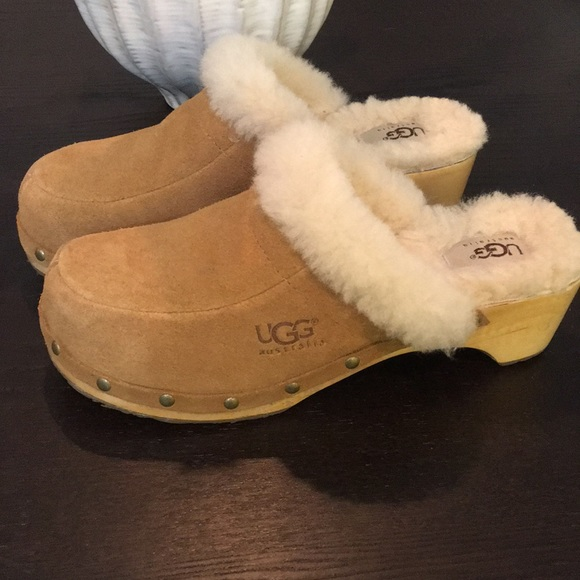 1ea60882371 Ugg Australia Kalie Clog in Tan. Fur Lined
